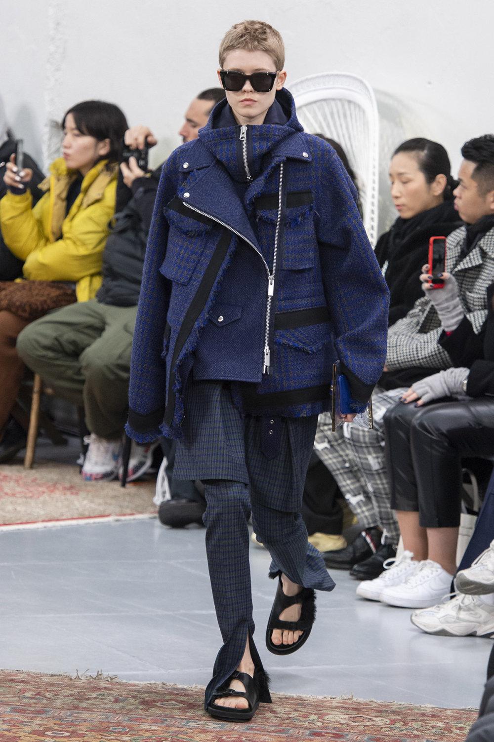 Sacai时装系列超大号黑色圆领毛衣和长款绿色北欧毛衣连衣裙-24.jpg