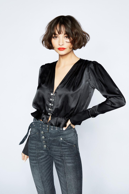 The Kooples时装系列强调外衣人造皮草外套和白色人造皮夹克-19.jpg