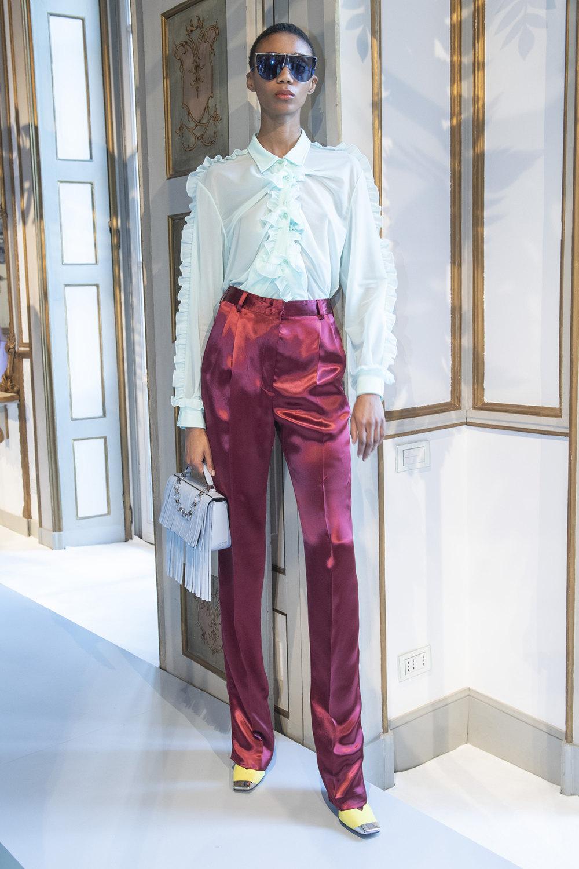 Emilio Pucci时装系列搭配运动裤以及六十年代流苏的条纹雪纺上衣-13.jpg