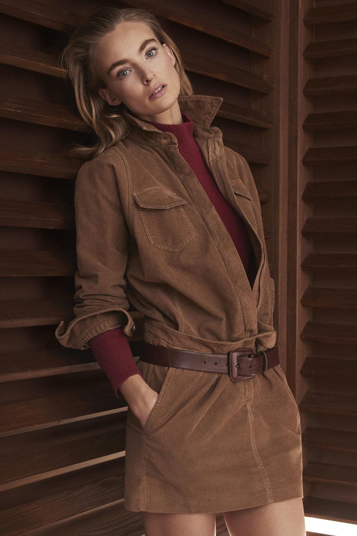 Brunello Cucinelli时装系列质地模仿的皮草配有前卫的羊毛背心-18.jpg