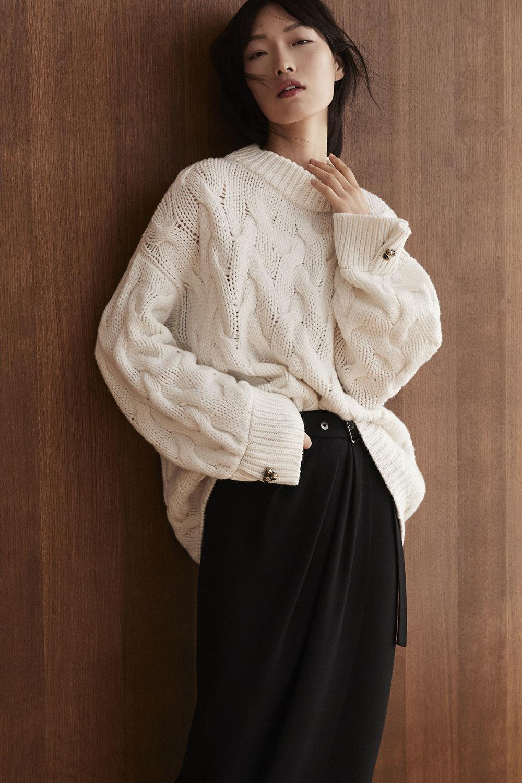 Brunello Cucinelli时装系列质地模仿的皮草配有前卫的羊毛背心-20.jpg