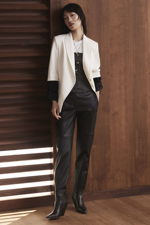 Brunello Cucinelli时装系列质地模仿的皮草配有前卫的羊毛背心-21.jpg