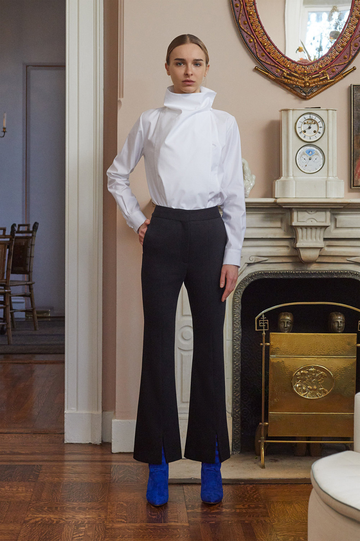 Adam Lippes时装系列的浅色迷人裙及无袖后扣栗色毛衣的百褶裙-22.jpg