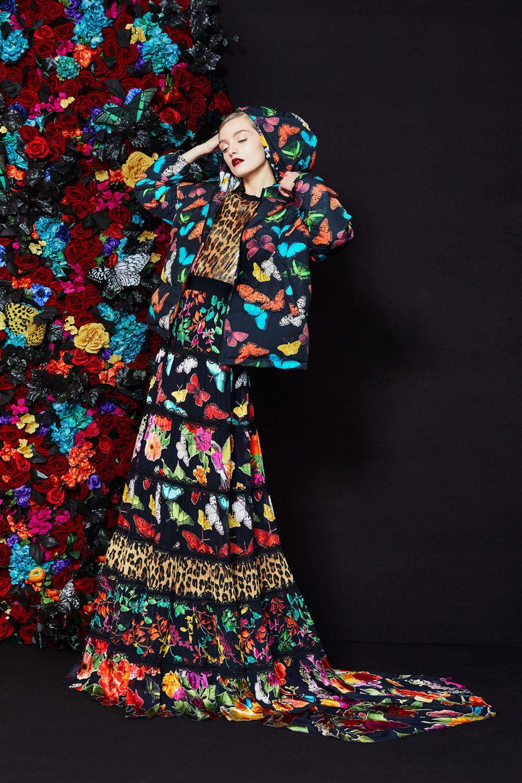 Alice + Olivia时装系列专注于秋季的魅力并为晚礼服注入清新魅力-3.jpg