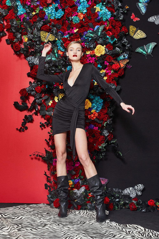 Alice + Olivia时装系列专注于秋季的魅力并为晚礼服注入清新魅力-8.jpg