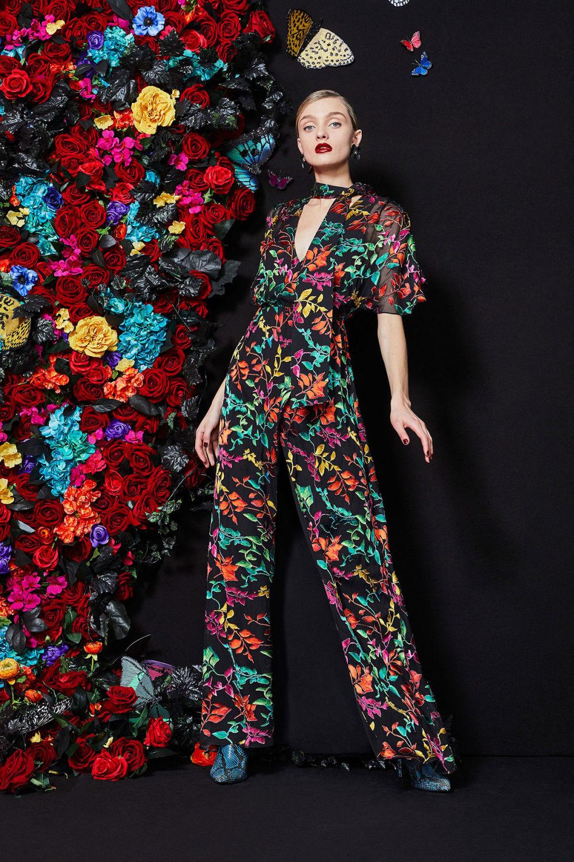 Alice + Olivia时装系列专注于秋季的魅力并为晚礼服注入清新魅力-10.jpg