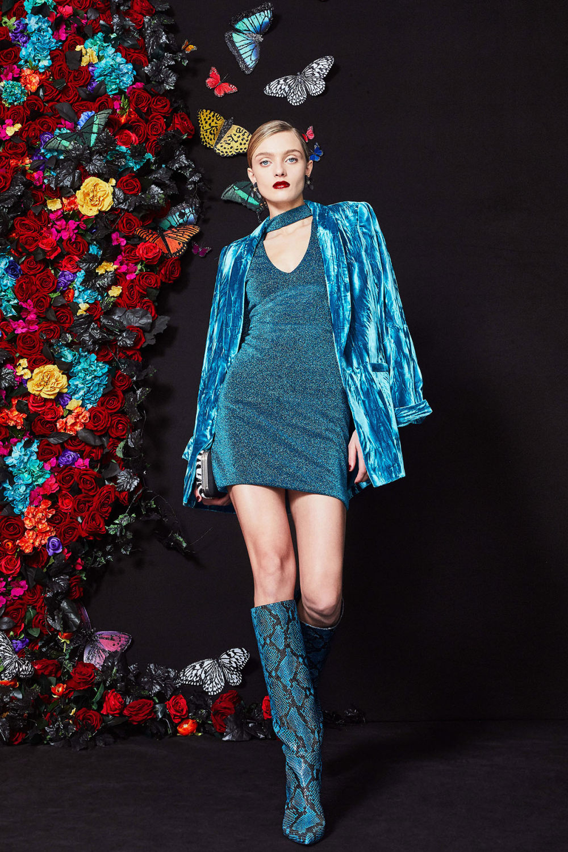 Alice + Olivia时装系列专注于秋季的魅力并为晚礼服注入清新魅力-15.jpg