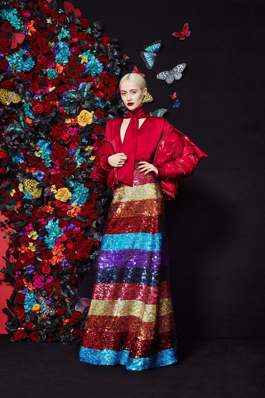 Alice + Olivia时装系列专注于秋季的魅力并为晚礼服注入清新魅力-17.jpg