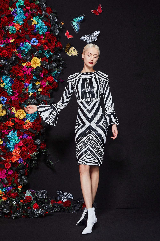 Alice + Olivia时装系列专注于秋季的魅力并为晚礼服注入清新魅力-25.jpg