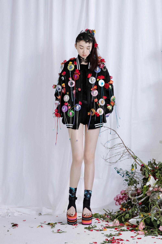 Babyghost时装系列睡衣裤是上海街头流行趋势造型增添了趣味性-1.jpg