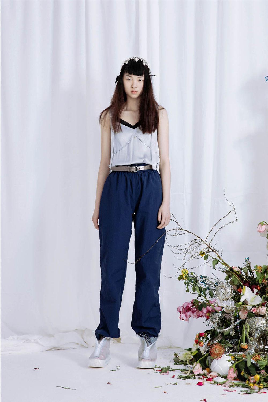 Babyghost时装系列睡衣裤是上海街头流行趋势造型增添了趣味性-18.jpg