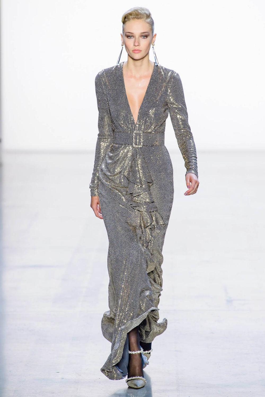 Badgley Mischka时装系列富有珠宝般的细节或一连串闪亮亮片-7.jpg