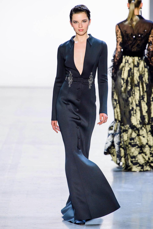 Badgley Mischka时装系列富有珠宝般的细节或一连串闪亮亮片-10.jpg