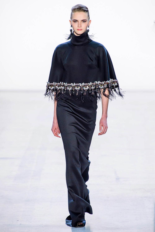 Badgley Mischka时装系列富有珠宝般的细节或一连串闪亮亮片-17.jpg
