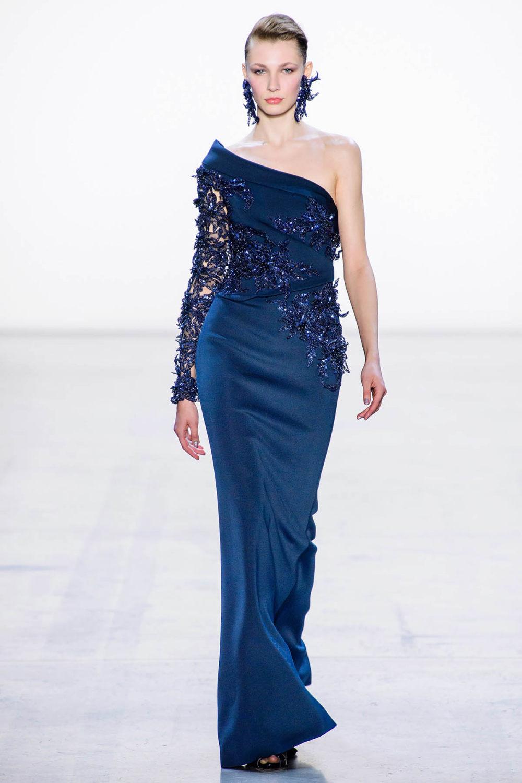 Badgley Mischka时装系列富有珠宝般的细节或一连串闪亮亮片-20.jpg