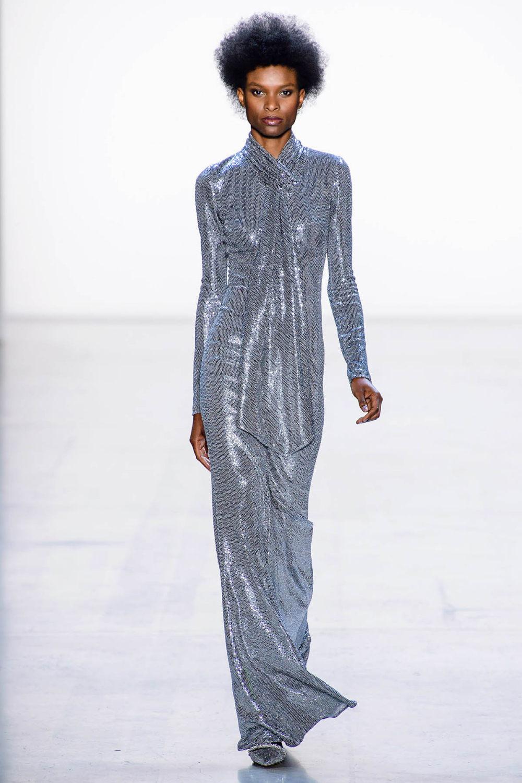 Badgley Mischka时装系列富有珠宝般的细节或一连串闪亮亮片-28.jpg