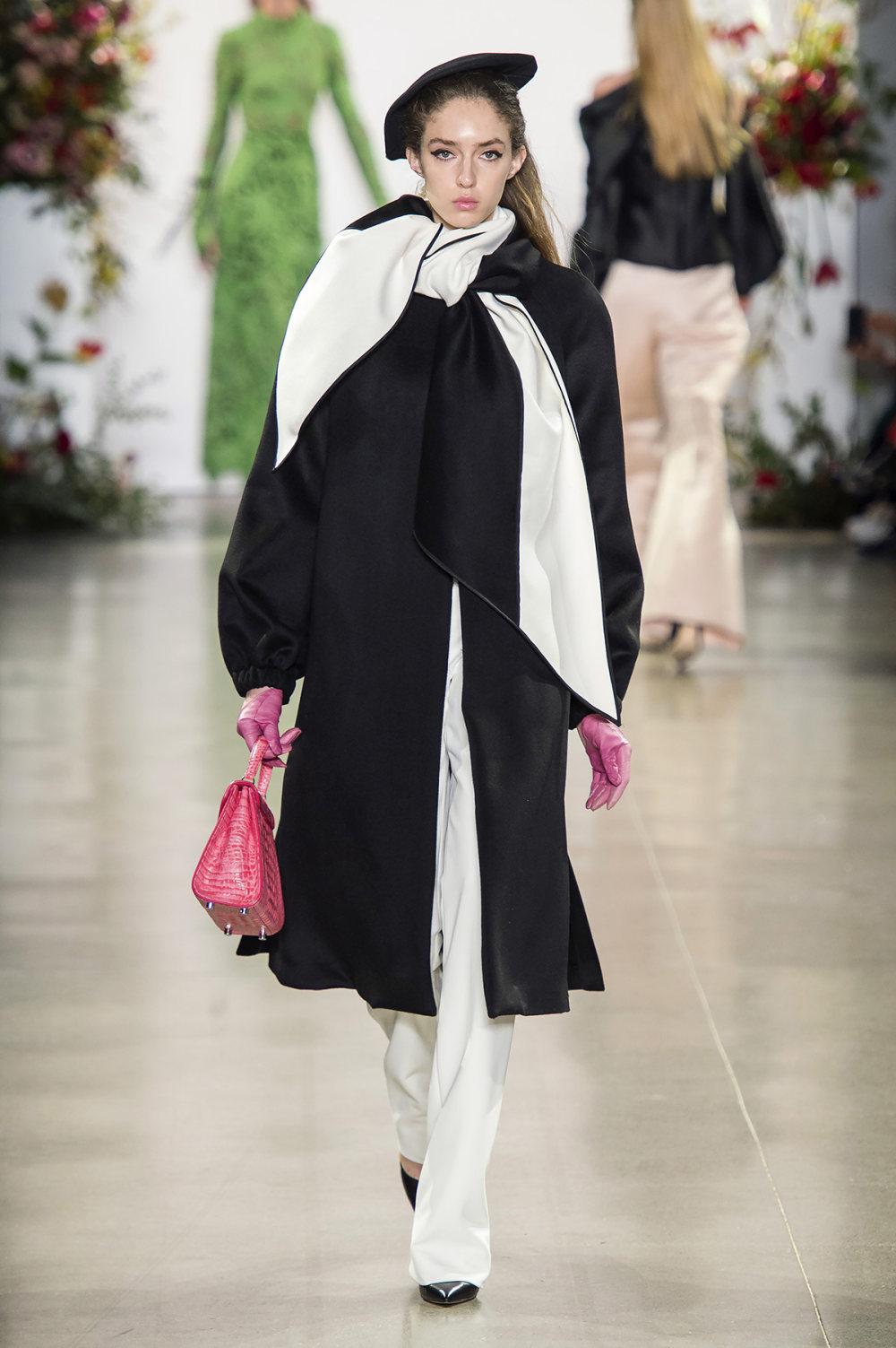 Bibhu Mohapatra时装系列颜色点缀蕾丝刺绣和结构的压轴礼服-9.jpg