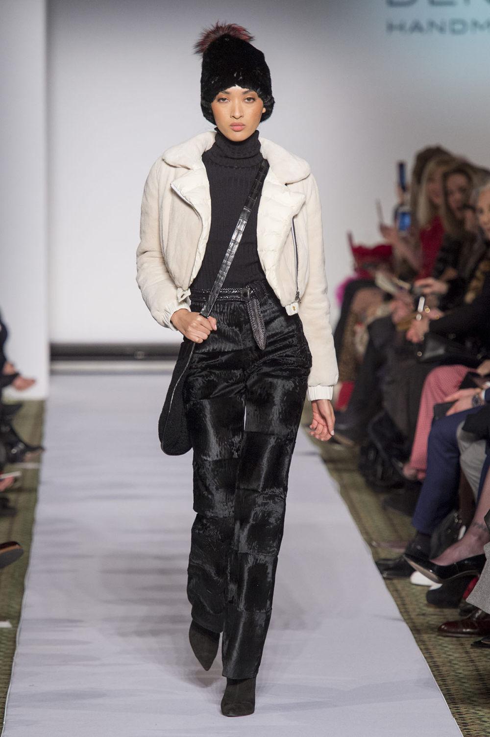 Carolina Herrera时装系列用鲜艳的颜色充满智能的黑白色调-16.jpg