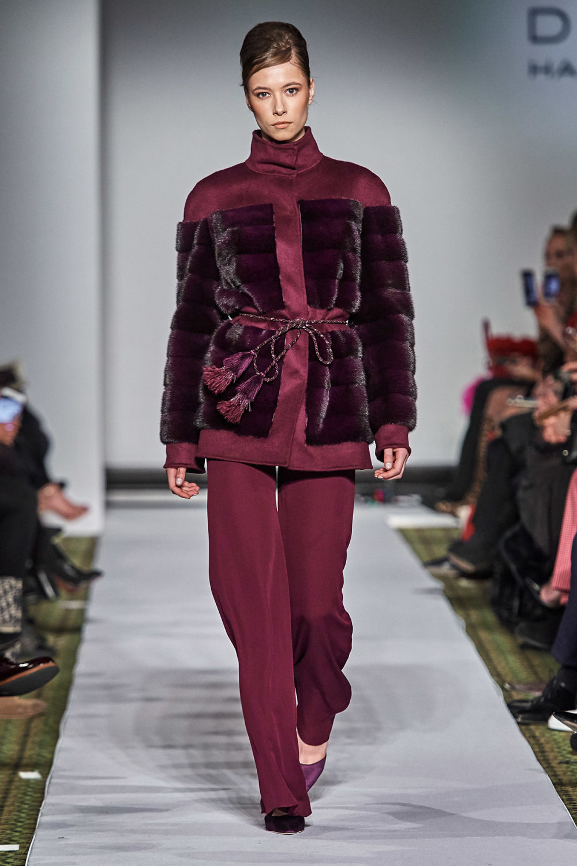 Dennis Basso时装系列感觉更有凝聚力和流线型比过去更少挑剔-27.jpg