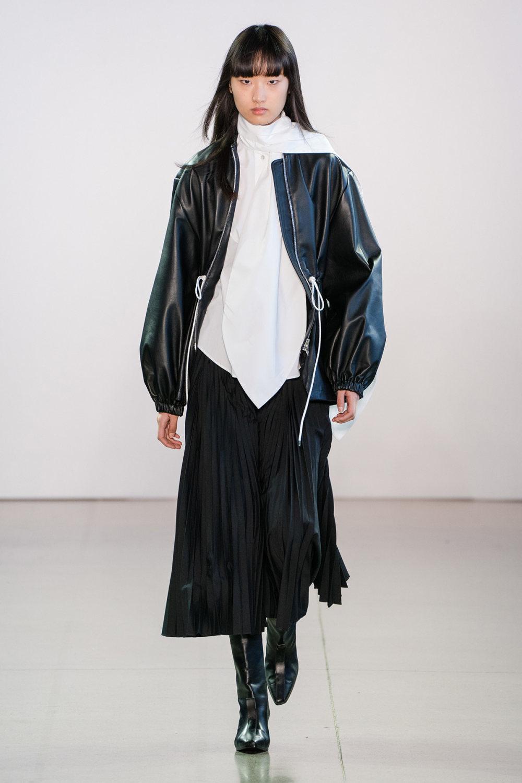 Claudia Li时装系列另一种設計用于针织毛衣的胖乎乎的蓬松袖子-1.jpg