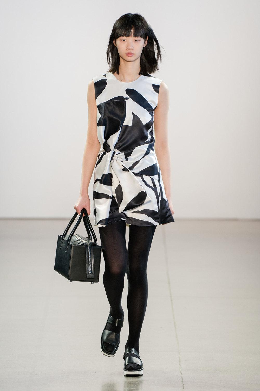 Claudia Li时装系列另一种設計用于针织毛衣的胖乎乎的蓬松袖子-2.jpg
