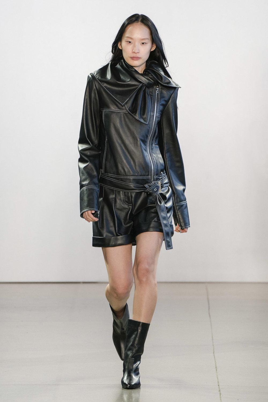 Claudia Li时装系列另一种設計用于针织毛衣的胖乎乎的蓬松袖子-4.jpg