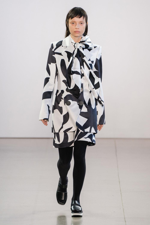 Claudia Li时装系列另一种設計用于针织毛衣的胖乎乎的蓬松袖子-5.jpg