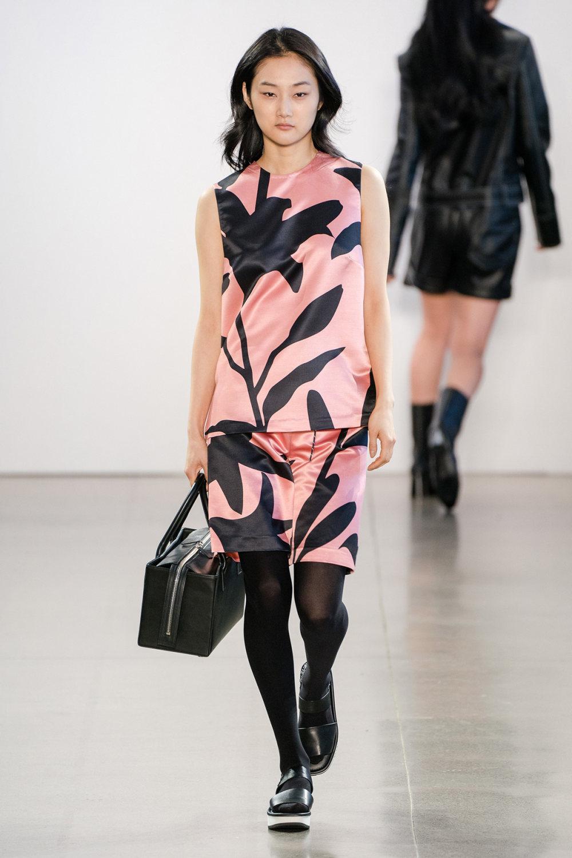 Claudia Li时装系列另一种設計用于针织毛衣的胖乎乎的蓬松袖子-6.jpg