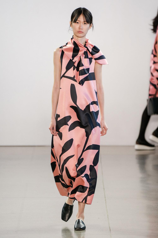 Claudia Li时装系列另一种設計用于针织毛衣的胖乎乎的蓬松袖子-8.jpg