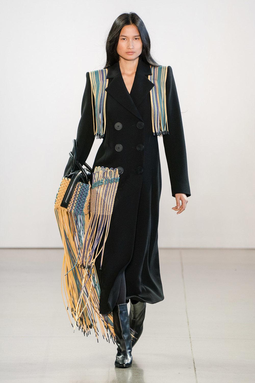 Claudia Li时装系列另一种設計用于针织毛衣的胖乎乎的蓬松袖子-11.jpg