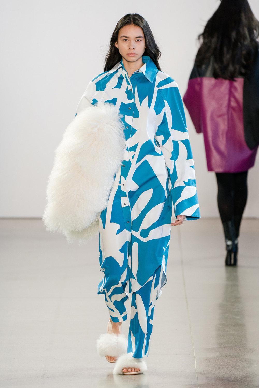 Claudia Li时装系列另一种設計用于针织毛衣的胖乎乎的蓬松袖子-15.jpg