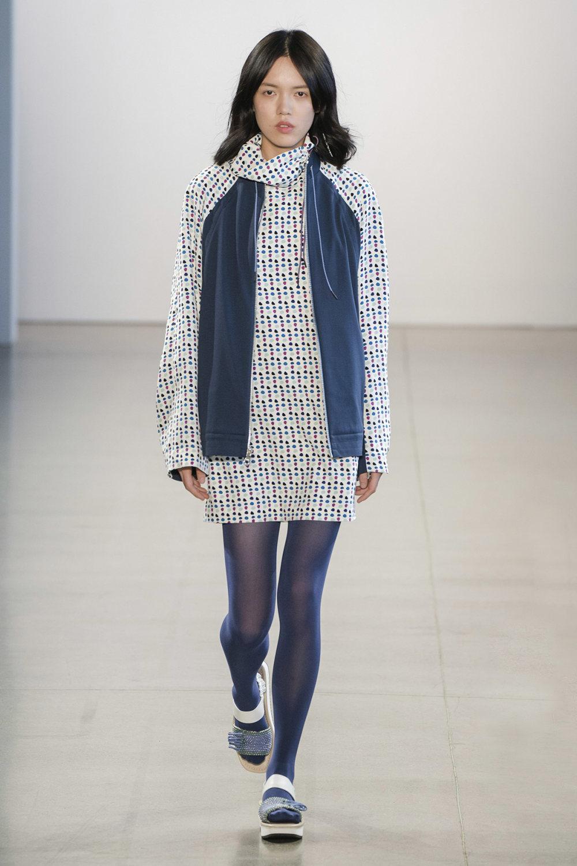 Claudia Li时装系列另一种設計用于针织毛衣的胖乎乎的蓬松袖子-18.jpg