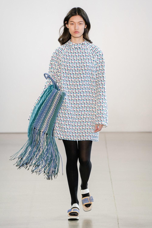 Claudia Li时装系列另一种設計用于针织毛衣的胖乎乎的蓬松袖子-21.jpg