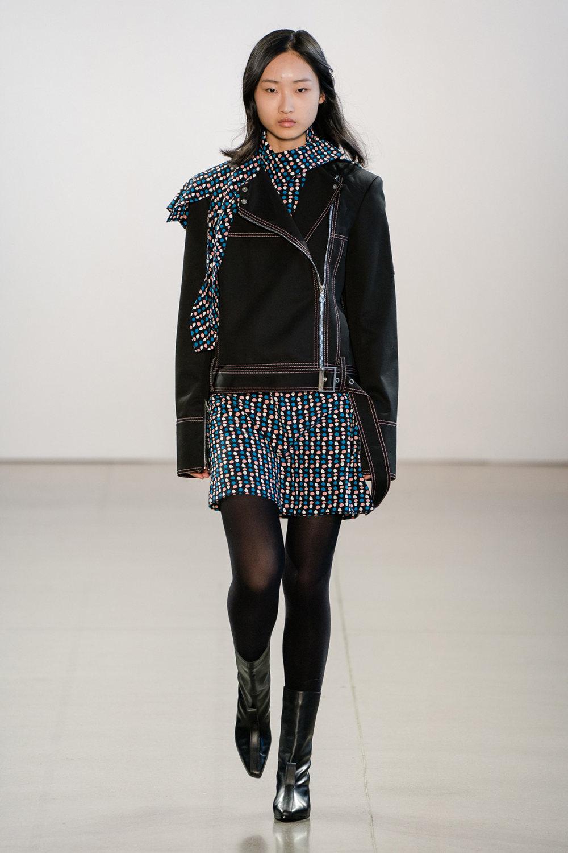 Claudia Li时装系列另一种設計用于针织毛衣的胖乎乎的蓬松袖子-23.jpg