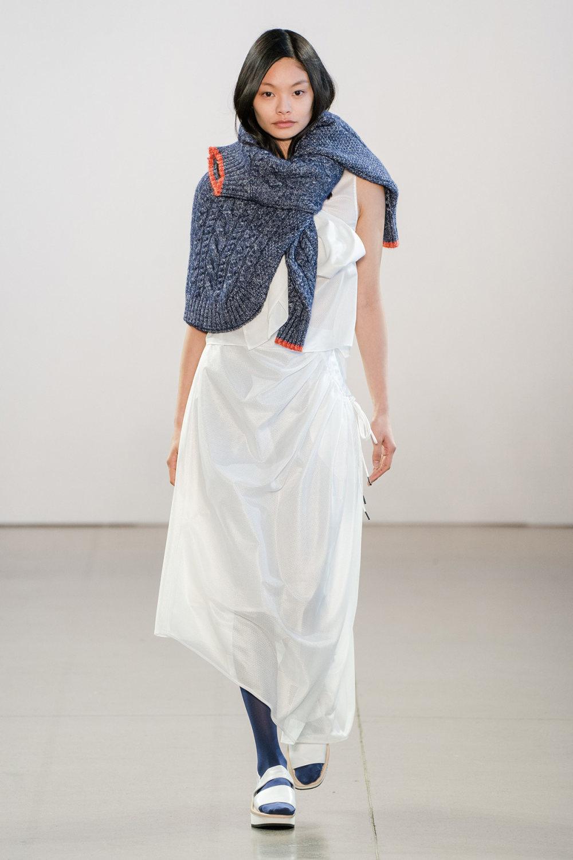 Claudia Li时装系列另一种設計用于针织毛衣的胖乎乎的蓬松袖子-27.jpg