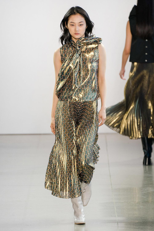 Claudia Li时装系列另一种設計用于针织毛衣的胖乎乎的蓬松袖子-33.jpg