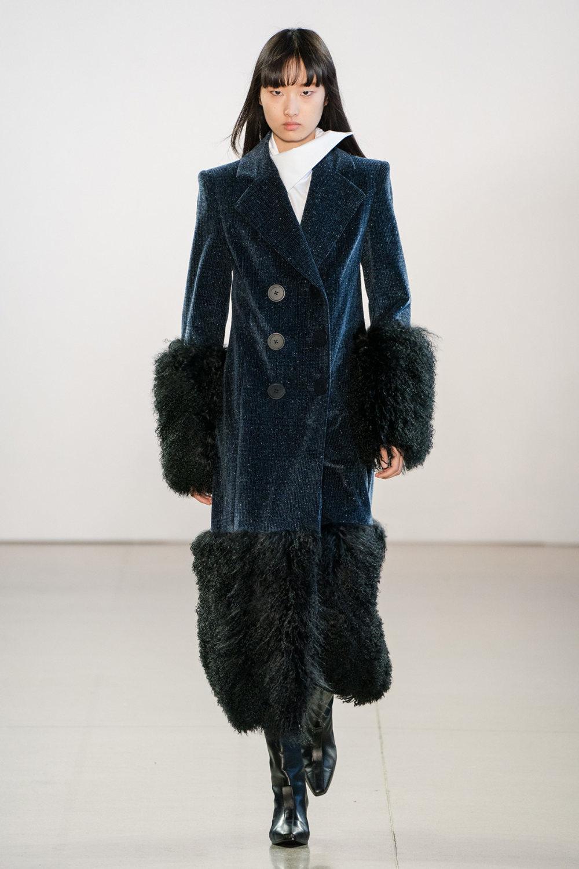 Claudia Li时装系列另一种設計用于针织毛衣的胖乎乎的蓬松袖子-40.jpg