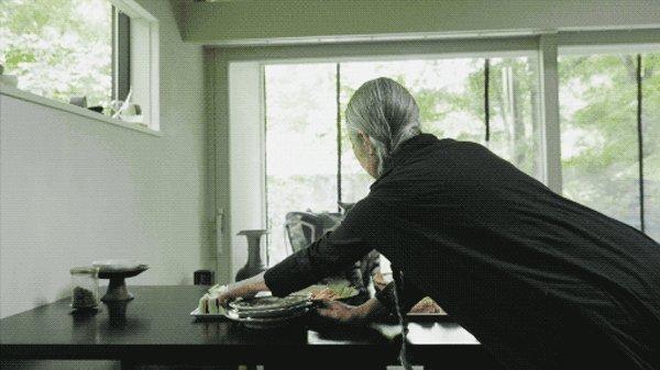 她65岁一个人到深山造房住:活着,就是人生最大意义-40.jpg