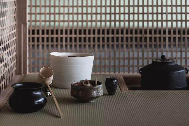 为山本耀司精品店操刀的大師,打造了这家极简酒店-22.jpg