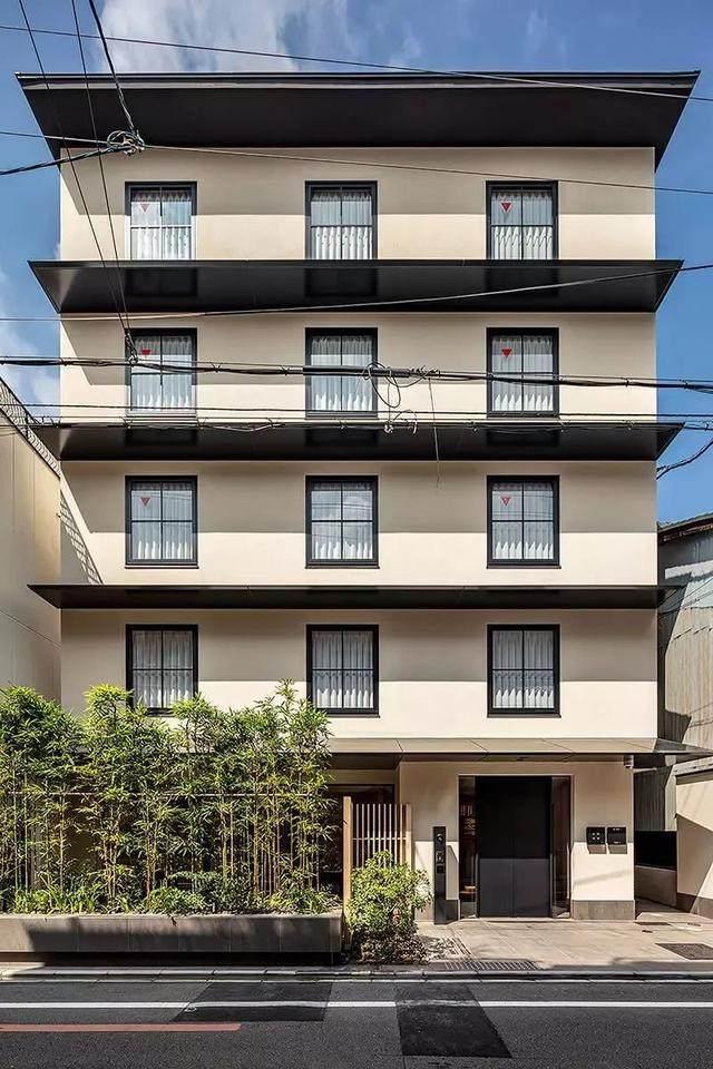 为山本耀司精品店操刀的大師,打造了这家极简酒店-26.jpg