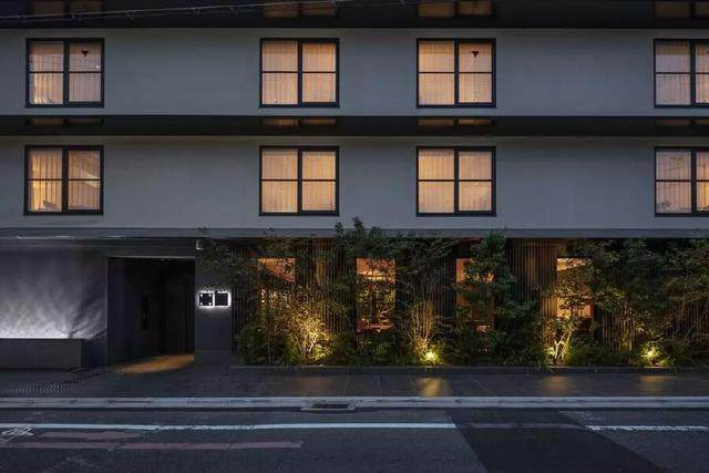 为山本耀司精品店操刀的大師,打造了这家极简酒店-29.jpg