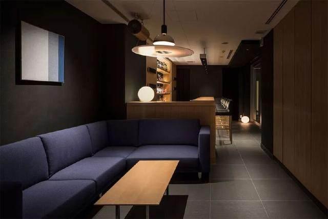 为山本耀司精品店操刀的大師,打造了这家极简酒店-39.jpg