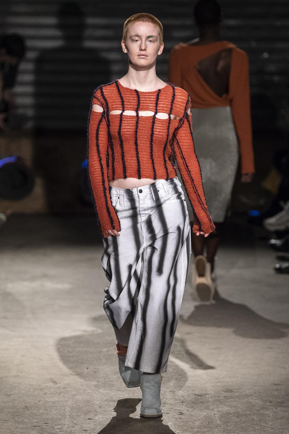 Eckhaus Latta时装系列采用了更加结构化的剪裁和图案提花-20.jpg