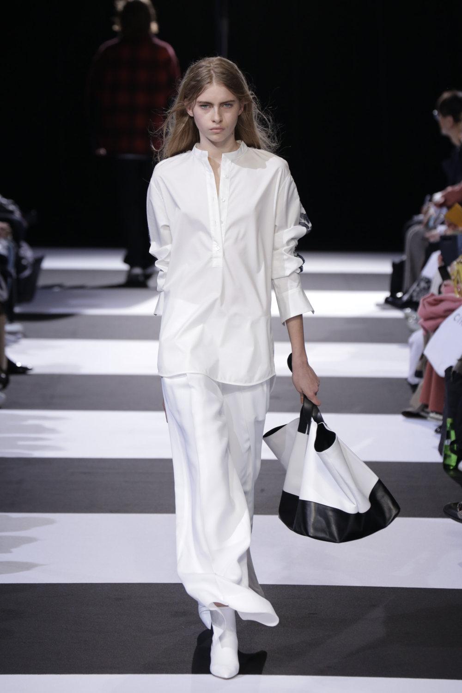 Cinoh服装系列女式长款流苏直筒裙搭配男式西装略带凌乱的精致-3.jpg