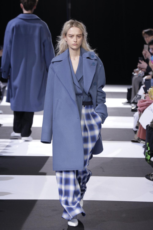 Cinoh服装系列女式长款流苏直筒裙搭配男式西装略带凌乱的精致-8.jpg