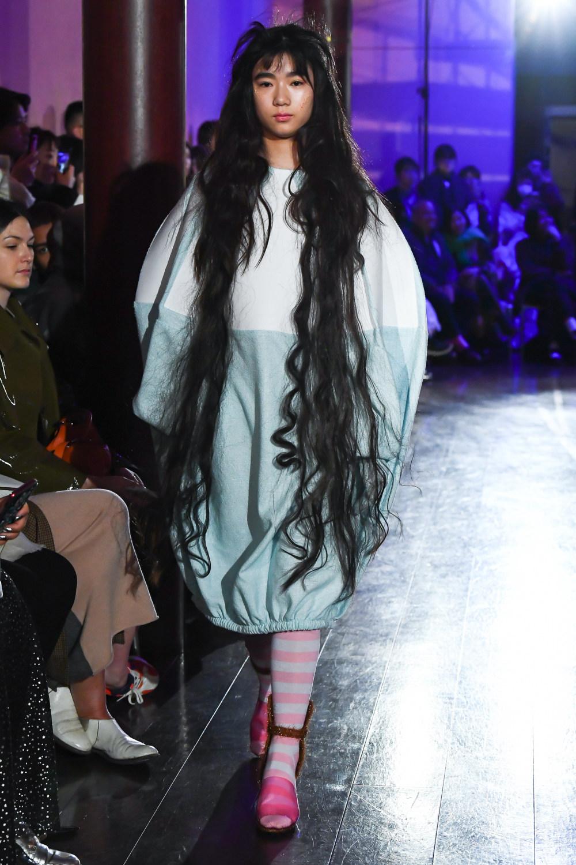 Jenny Fax时装系列搭配甜美柔和的蕾丝连衣裙搭配糖果条纹衬衫-6.jpg