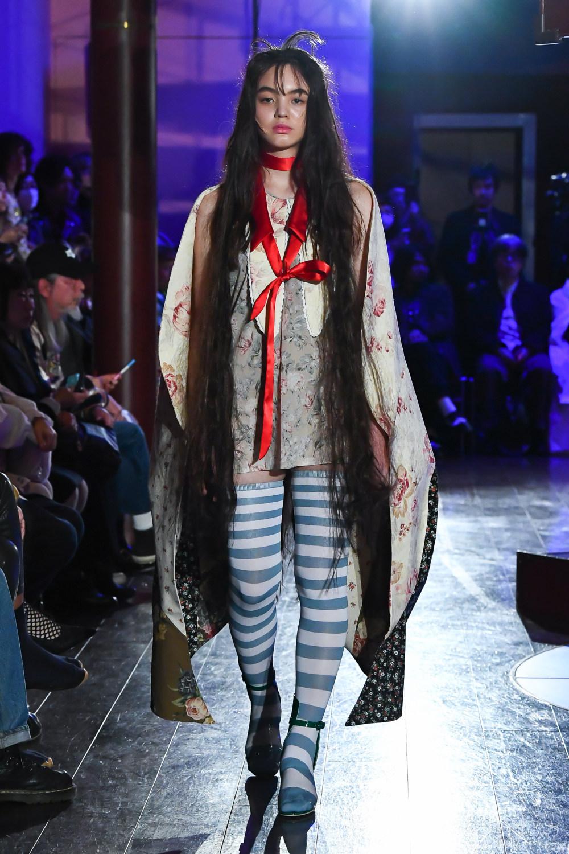 Jenny Fax时装系列搭配甜美柔和的蕾丝连衣裙搭配糖果条纹衬衫-19.jpg