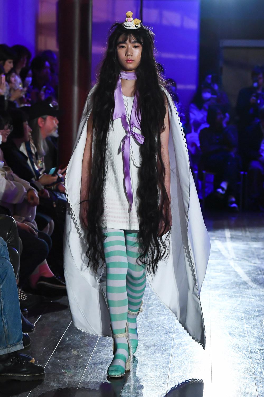 Jenny Fax时装系列搭配甜美柔和的蕾丝连衣裙搭配糖果条纹衬衫-21.jpg
