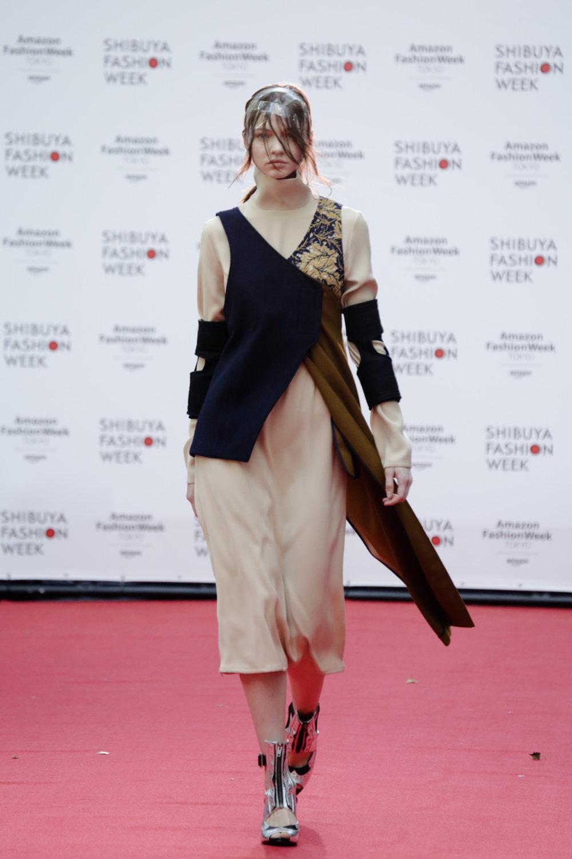 Shiroma时装系列深蓝色和芥末色蕾丝或者带有气球袖的勃艮第缎面-16.jpg