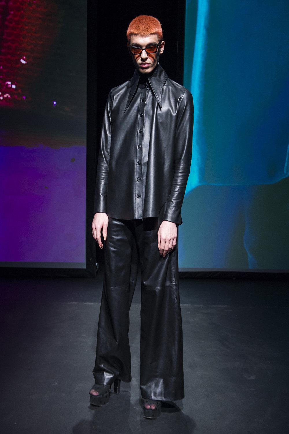 16Arlington时装系列标志性的時尚单色西装外还有更大胆的版本-3.jpg